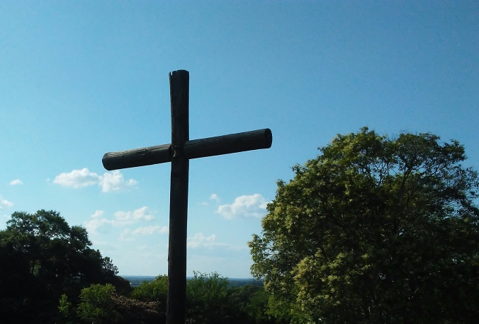 wood-cross-cemetery-alabama