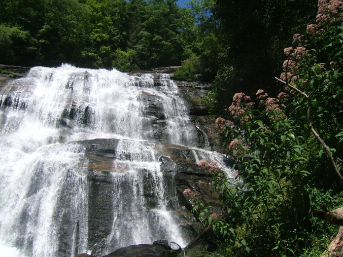 rainbow-falls-north-carolina