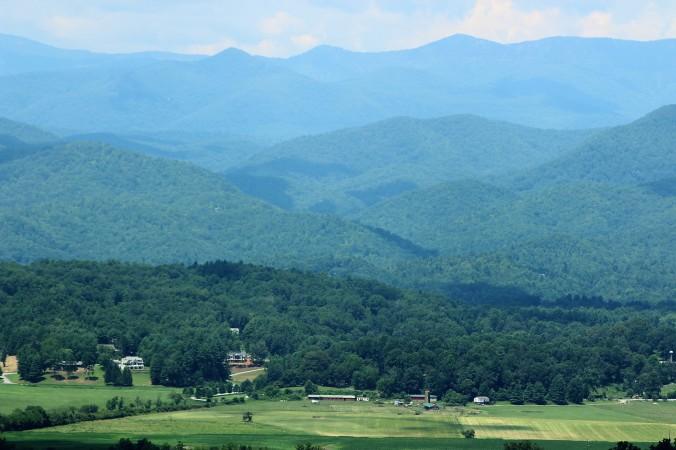 farmland-mountains